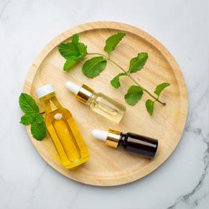 Masszázs, illóolajok, aromaterápia